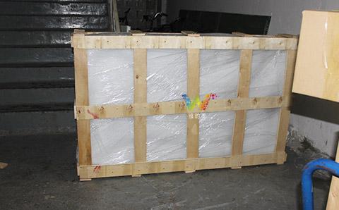 太阳能板打木架.jpg