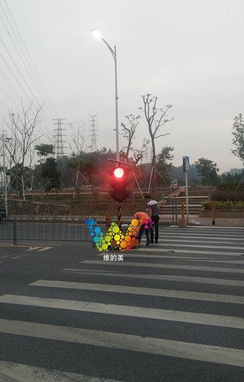 松岗移动红绿灯的调试3.jpg
