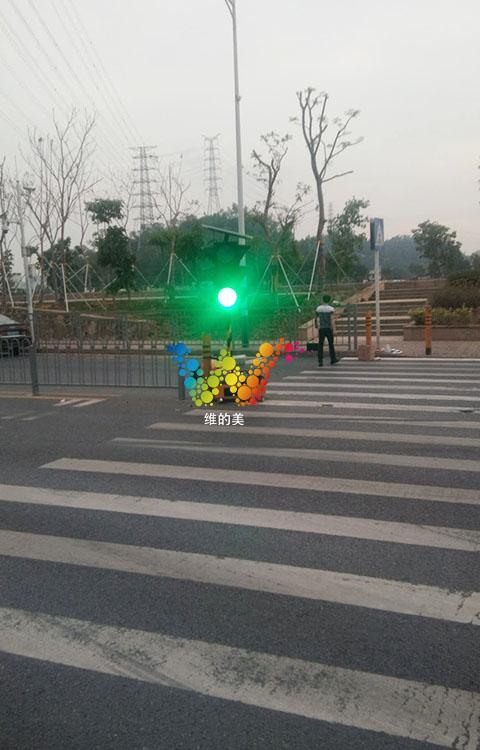松岗移动红绿灯的调试2.jpg