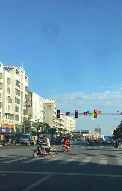 平凉交通信号灯规则是什么