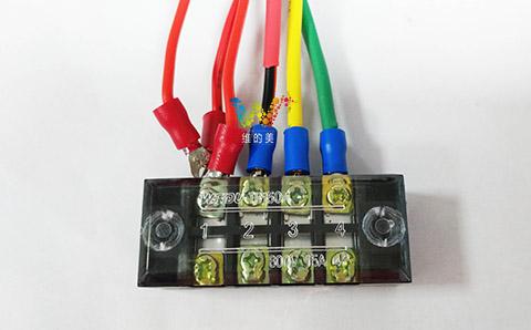 红黄绿三灯12V接线图.jpg