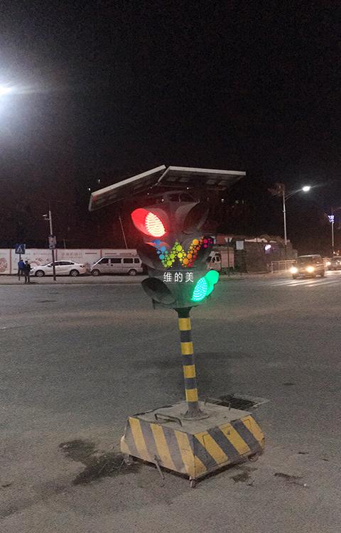 龙华临时红绿灯使用3年1.jpg