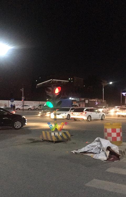 龙华临时红绿灯使用3年4.jpg